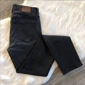 Madewell Jeans size 28 Dark Gray/Faded Black